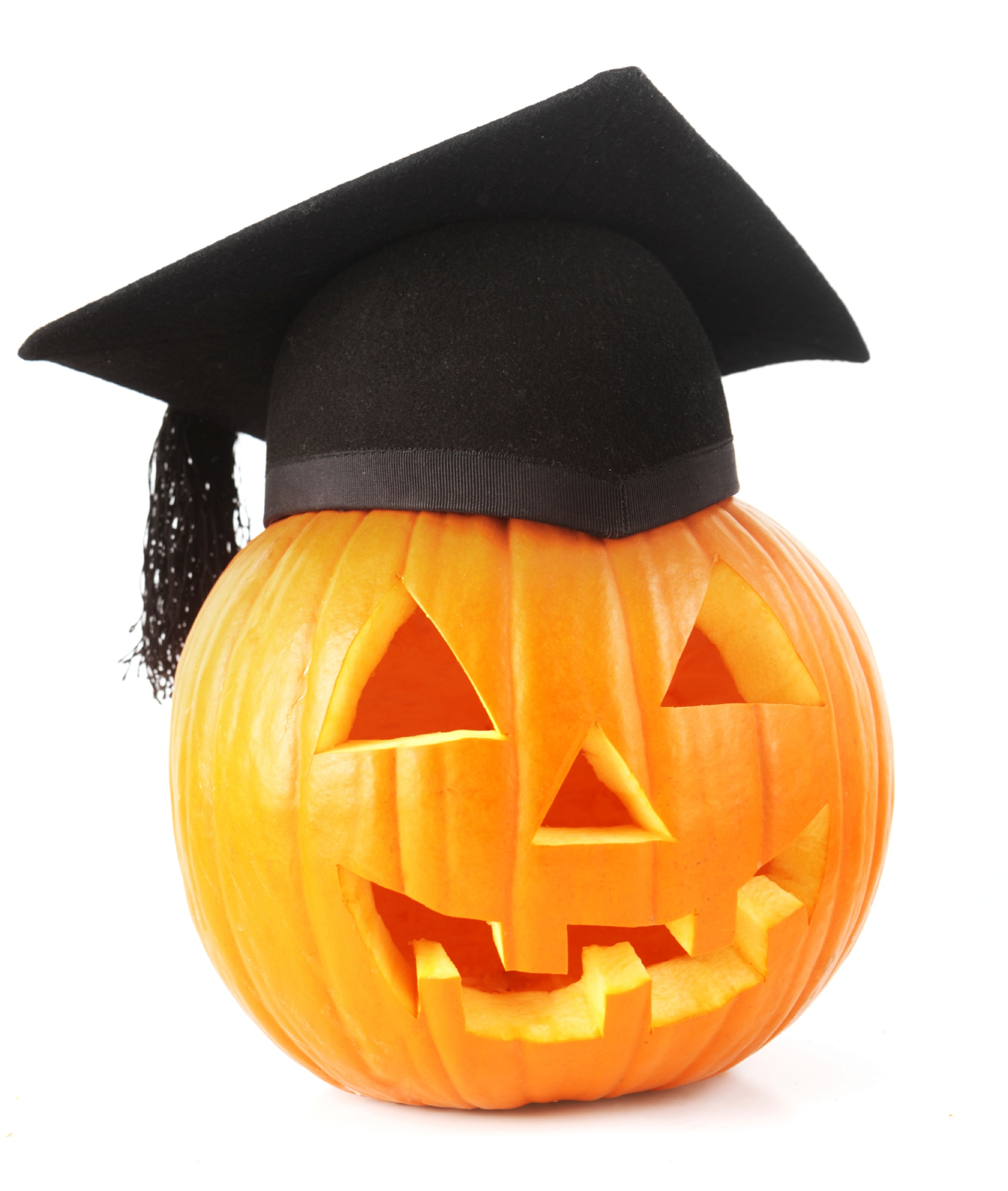 Jack o lantern wearing a graduation cap